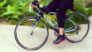 Jen riding fast